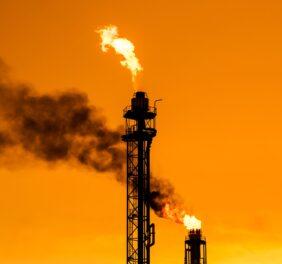 فروش شرکت رتبه ۵ نفت و گاز / سهامی خاص...