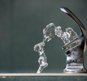 فروش شرکت پیمانکاری آب و تاسیسات تجهیزات...